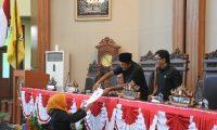 Fraksi-fraksi DPRD Lamtim Tanggapi RAPBD Perubahan 2019