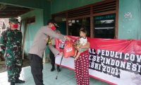 Giat Bakti Sosial Peduli Covid-19 AKABRI 2001, Kapolres Lamtim Salurkan Bantuan Sembako