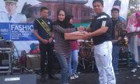 Staf Sekretariat DPRD Lamtim Juara 3 Fashion Show Baju Korpri